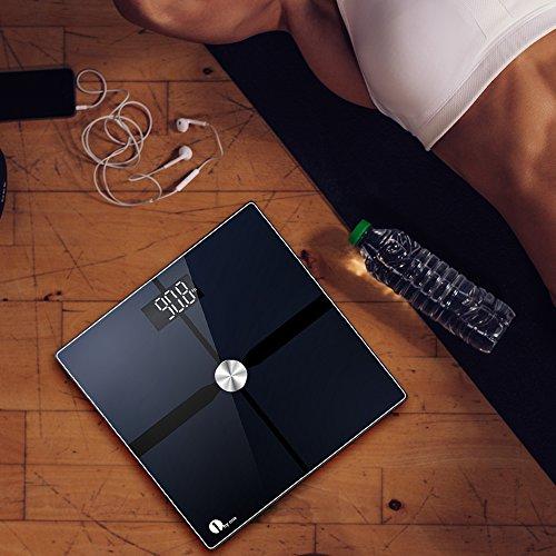 1byone báscula de grasa corporal Bluetooth con aplicación IOS y Android báscula de baño digital analizador de composición corporal tecnología de superficie conductora ITO – Negra