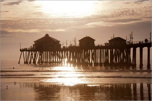 Stampa su legno 30 x 20 cm: USA, California, Huntington Beach Pier di Sergio Pitamitz / Getty Images