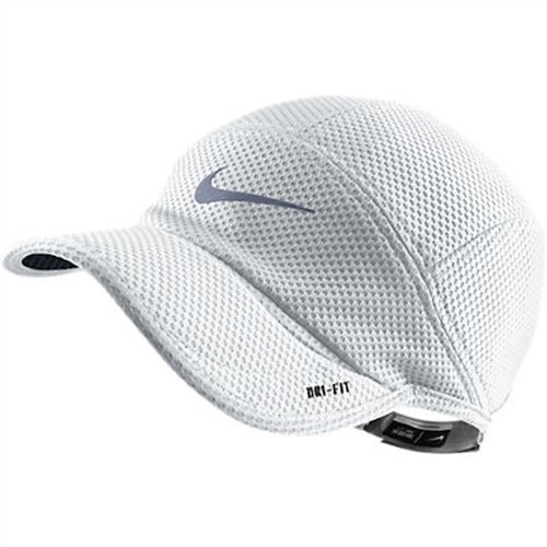Nike RU TW Mesh Daybreak Cap - Gorra para hombre, color blanco / plata