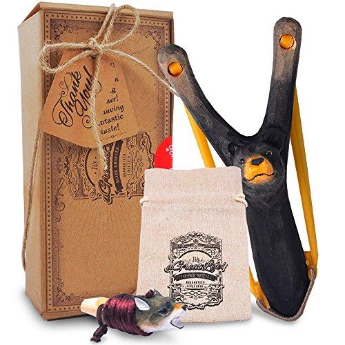 aGreatLife® Steinschleuder Kinder aus Holz - Starkes Gummi - Zwille mit Munitionstasche und Pfeife - Steinschleudern Sport für Kinder - Outdoor Spielzeug für Jungen und Entdecker - 4-teilig