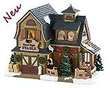 Lemax 85325 - Silent Night Stable - Tier Stall/Hof - Neu 2018 - Vail Village - Beleuchteter Bauernhof aus Porzellan/Pferdestall - Dekoration/Weihnachtsdeko - Kleine Weihnachtswelt/Weihnachtsdorf