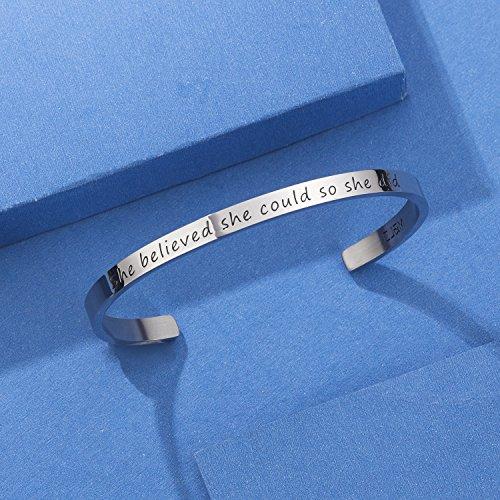 Imagen de cj&m jewellery  brazalete inspirador para niña o mujer, con texto en inglés