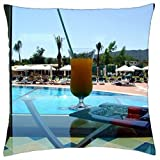 Holiday Cocktail - Throw Pillow Cover Case (18 x 18)
