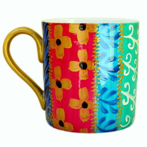 Une Grande Tasse ou Mug en fine porcelaine anglaise et peinte à la main en dessin 'Tsarina' pour thé ou café. Coffret Cadeau