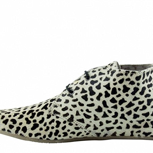 maruti-gimlet-hair-on-leather-cat-white-black-womens-ankle-boots-7
