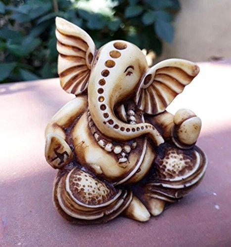Collectible India God Ganesha Statue for Car Dashboard Decor   Hindu Idol God Ganesh Decor Sculpture   Home Decor Gift  available at amazon for Rs.149