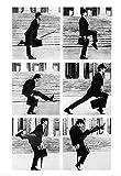 Póster Monty Python Silly Walks/Pasos tontos (49cm x 69cm) + 1 paquete de tesa Powerstrips® (20 tiras)