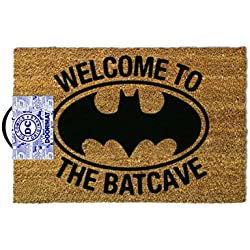 OOTB Alfombra para Puerta de Entrada, Batman-Welcome to The Batcave, Vinilo, Marrón, 40 x 60 cm