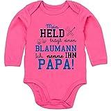 Shirtracer Sprüche Baby - Mein Held trägt einen Blaumann - 3-6 Monate - Fuchsia - BZ30 - Baby Body Langarm
