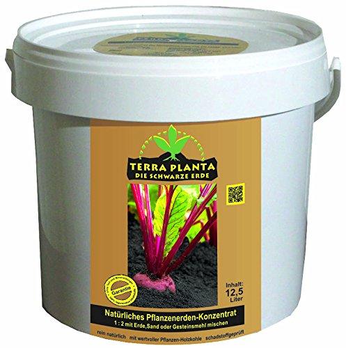Terra Planta – Schwarze Erde (Terra Preta) - natürliches Pflanzenerdenkonzentrat mit mikrobiologisch aktiver Pflanzenkohle.