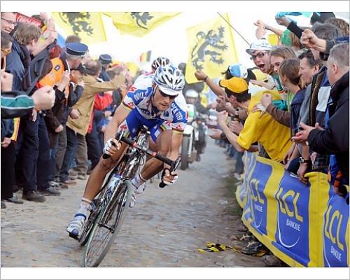 photographic-print-of-cycling-fra-paris-roubaix