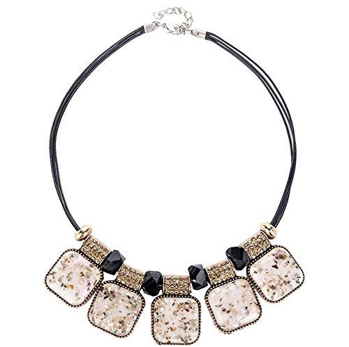 Dame Leiter Einfach Kortex Kristalle Verziert Choker Halskette Mode Kostüm Schmuck Strumpfhose Cremeweiß