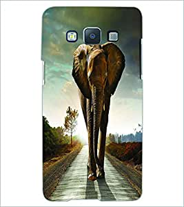 PRINTSWAG ELEPHANT Designer Back Cover Case for SAMSNUG GALAXY E5
