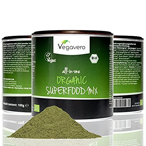 Organic Superfood Detox Powder | 17 Organic Superfoods, 100g | Super Greens, Seeds, Fruits & Roots, Inc. Matcha, Spirulina, Wheatgrass, Turmeric, Nettle, Moringa and more | Add to Juices, Smoothies, Baking and Cooking | VEGAN and ORGANIC by Vegavero