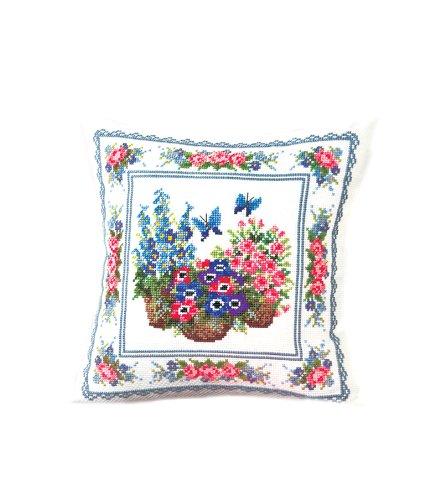 <Life with Flowers, Megumi Onoe> Orimupasu made embroidery kit No.6052 Spring Garden (japan import)