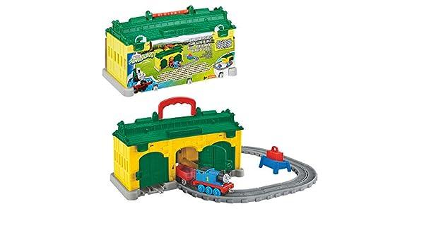 Fisher-Price Mattel FBC74–Thomas /'Adventures Engine Shed Playset