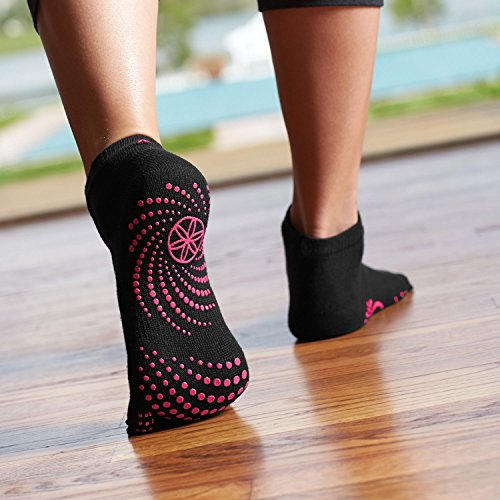 Gaiam-Grippy-Yoga-Socks