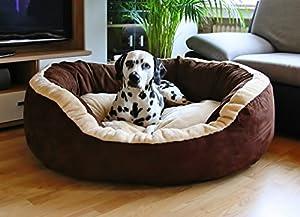 """Knuffelwuff Heaven, unverschämt weich und kuschelig Bei einer Polsterung von 16 cm ist eigentlich der Streit zwischen Herrchen/Frauchen und Hund vorprogrammiert. Du wärst nicht der Erste, der sich zuerst in dieses """"Himmelbett"""" vor dem Hund hineinlegt..."""