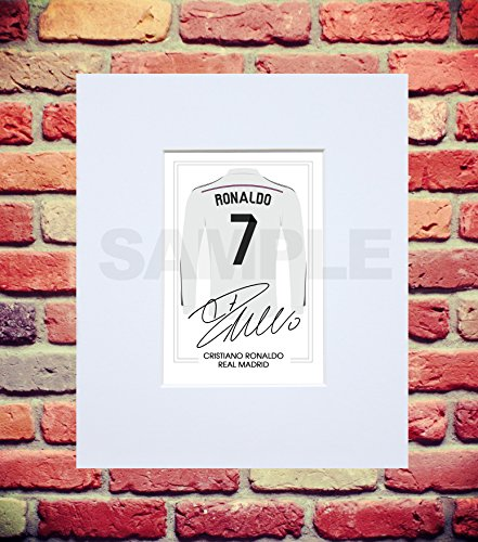 904ddc91291 MOUNTED CRISTIANO RONALDO REAL MADRID SIGNED 10X8 INCH MOUNT WITH PRINTED  AUTOGRAPH PHOTO PRINT PHOTOGRAPH AUTOGRAPHED POSTER JERSEY SHIRT GIFT  PRESENT XMAS ...