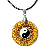 Yin Yang Colgante Charm de ámbar amuleto hecho a mano–budista espiritual o nueva edad joyas regalo