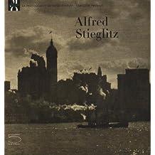 Alfred Stieglitz : (1864-1946)