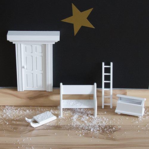 Preisvergleich Produktbild Wichteltür mit Zubehör - Holz-Spielzeug-Set- bestehend aus Schlitten, Leiter, Bank und Truhe - handgefertigt im Erzgebirge (ohne Tür)