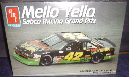 mello-yello-sabco-racing-grand-prix-1-25