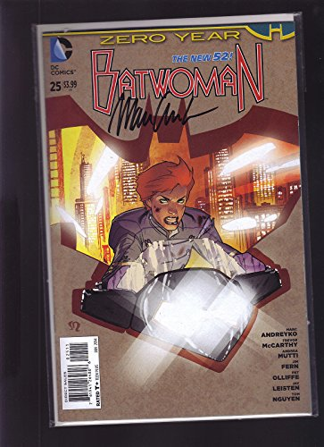 dc-comics-the-new-52-batwoman-25-1st-print-signed-marc-andreyko-w-coa-midtown