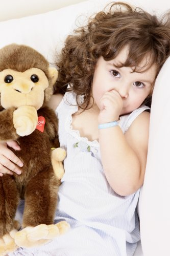 Pia Pia Club 17111 30 cm Bauer Wildlife Baby Monkey Plush Toy with Thumb in The Mouth