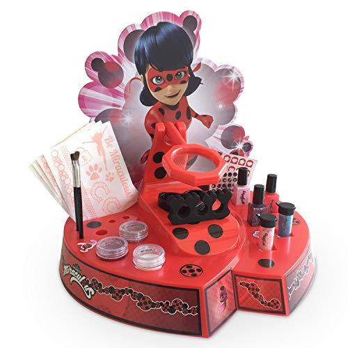 Miraculous Ladybug- Centro Tattoos manicura