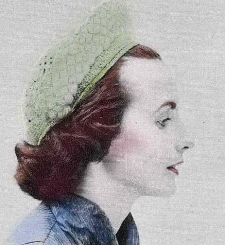 Crochet Beret Hat Pattern with Braided Halo (English Edition) -