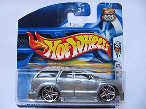hot-wheels-cadillac-escalade-alpine-grey-164