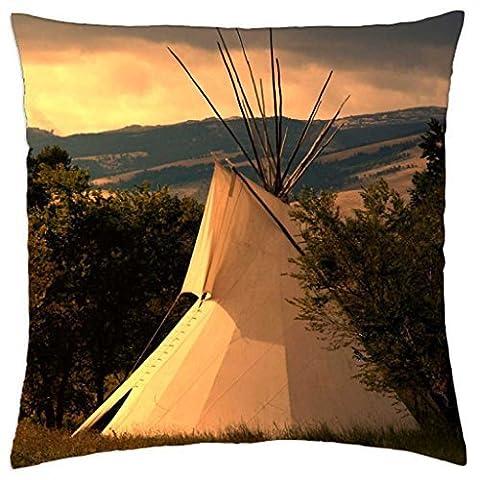 Une Photo d'une des Plaines indien Teepee au lever du soleil–Rainy Man Taie d'oreiller Coque (45,7x