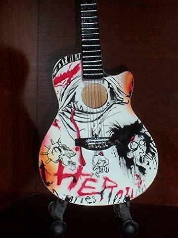 Mini Guitar MOTLEY CRUE NIKKI SIXX Heroin Diaries DISPLAY