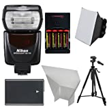 Nikon SB-700 AF Speedlight Flash with EN-EL14 AA Batteries Tripod Softbox Reflector