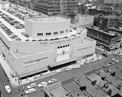 USA New York State New York City View of Port Authority Bus Terminal showing parked cars on roof Poster Drucken (45,72 x 60,96 cm) - New York Bus Terminal