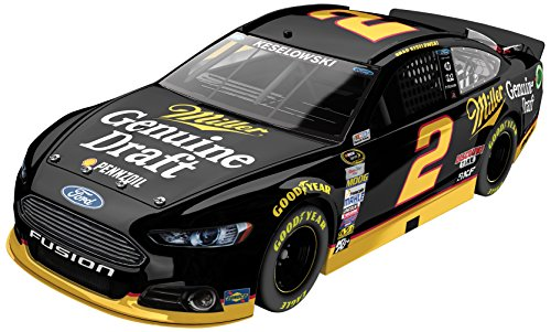 lionel-racing-brad-keselowski-2-miller-genuine-draft-2015-ford-fusion-nascar-124-scale-arc-hoto-offi