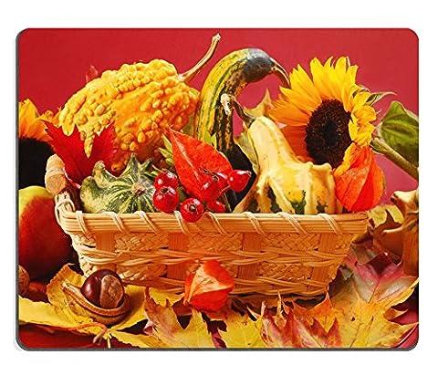 MSD Gaming tapis de souris en caoutchouc naturel d'image: 10529649Still Life avec panier plein de Colorful Autumn Garden Harvest