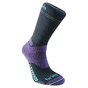 bridgedale women's bridgedalewomen's woolfusion trekker socks-black/purple, size 3-4.5