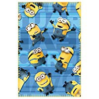- Officially licensed fleece blanket- Material: 100% Polyester- Dimensions: 100 x 150 cm