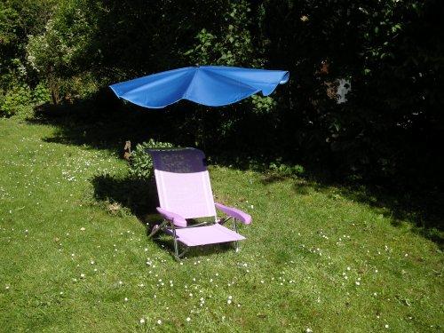 Chaise de soleil est portable en aluminium, env. 2,4 kg sTABIELO chaise en aluminium couleur lilas - 6 niveaux de réglage du siège à une position couchée charge maximale : env. 110 kg-jubilé (eXLUSIV avec compartiments sONNENSCHIRMBEZUG zANGENGENBERG eXKLUSIV-hOLLYMAT protection uV - 30 40 50 couleur bleu avec support pivotant 360° avec kratzfreien universalgelenkhallterung gummischutzkappen de fixation-hOLLY produits sTABIELO ®-innovation fabriqué en allemagne-action longue en stocks disponibles -