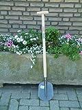 Kinder-Schaufel / Farbe: holzfarbend/grau / Holzstiel + Metallkopf / Höhe: 97 cm / Alter: ab 3 Jahre