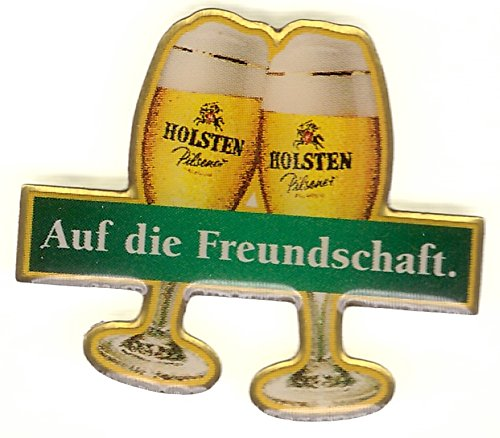 holsten-pilsener-auf-die-freundschaft-bierglaser-stossen-an-pin-aus-metall