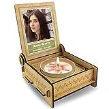 FANS & Friends Candle in The Box   Trostlicht mit Spruch in Holz-Box mit Gravur   Personalisiert mit Foto und mit Namen   Gedenkkerze   Trauerlicht