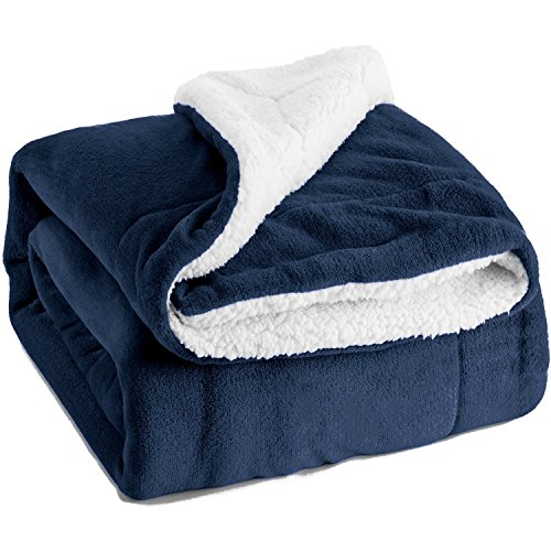 Bedsure Sherpa Throw Blanket Nav...