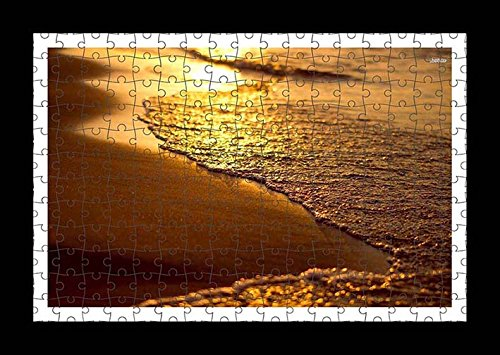 puzzle-style-vormontiert-wand-druck-von-waves-on-sandy-beach-by-lisa-loft