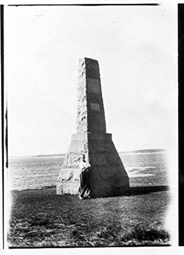 poster-seaside-memorial-this-photo-is-thought-have-been-taken-one-harold-nossiters-utiekah-ii-cruise