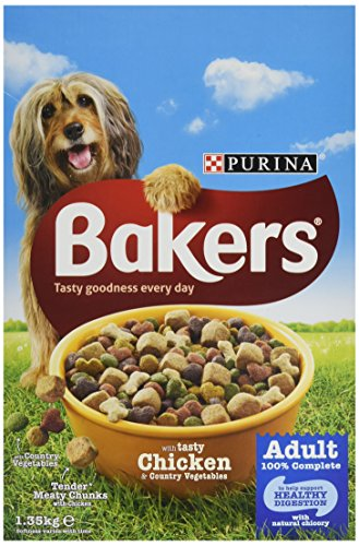 Bakers Complete Dog Food Tender Meaty Chunks Tasty Beef and Country Vegetables, 1.35 kg – Pack of 4