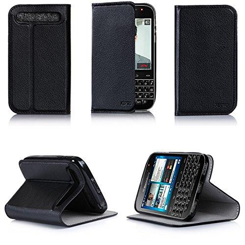 XEPTIO BlackBerry Classic Q20 Tasche Leder Hülle Schwarz Cover mit Stand - Zubehör Etui BlackBerry Classic SIM Flip Case Schutzhülle (PU Leder, Handytasche Schwarz) Accessoires