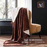 Kuscheldecke Fleecedecke weiche Decke Dicke Wolldecke 150x200cm warme Kuschelige Decke Wohnzimmer aus hochwertige Lammfell Dunkelbraun von OeLIFE
